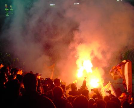 ...und noch mehr Basler Pyromanie